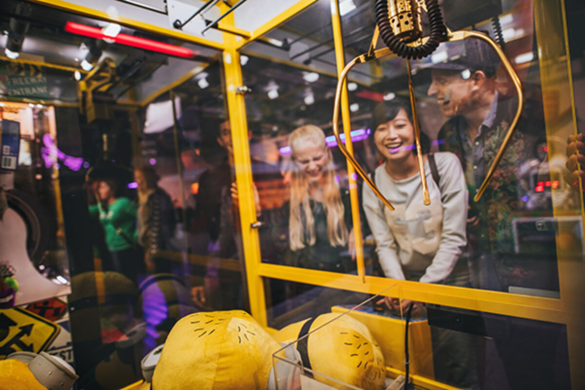 11 Tips for Beating a Claw Machine